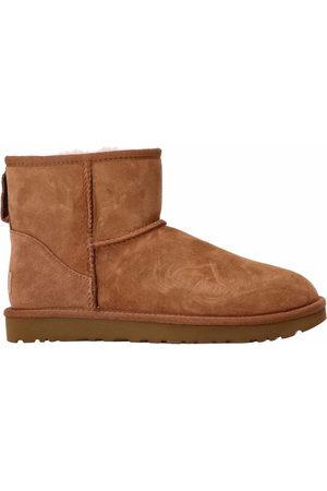 UGG Women Boots - Classic Mini ll boots