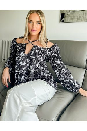 In The Style Blouse in -Multi