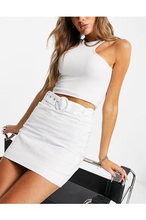 Glamorous A-line mini skirt in linen with belt detail-White