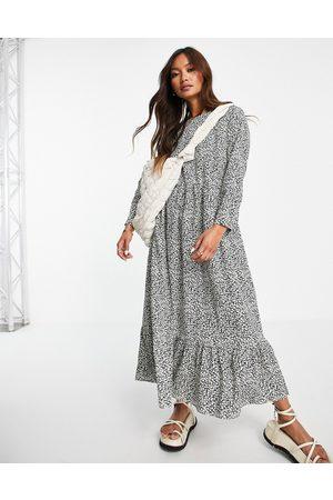 Glamorous Midi smock dress with pleated hem in print
