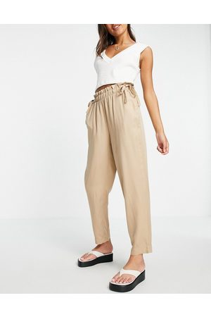 VERO MODA Cigarette pants with paperbag waist in -Brown