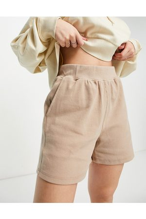 Object Organic cotton sweat shorts in -Neutral