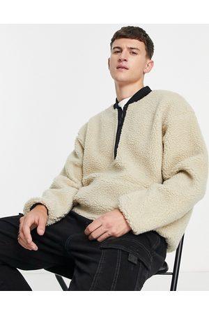 Levi's 1/4 zip sherpa borg sweatshirt in beige-Neutral