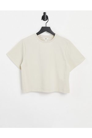 Object Cropped T-shirt in -White