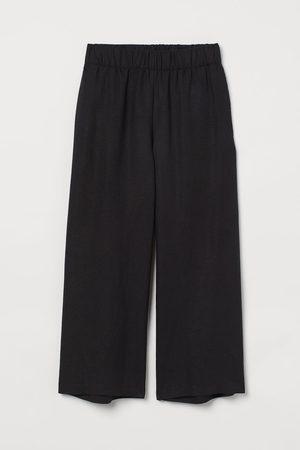 H&M Cropped Linen Blend Pants