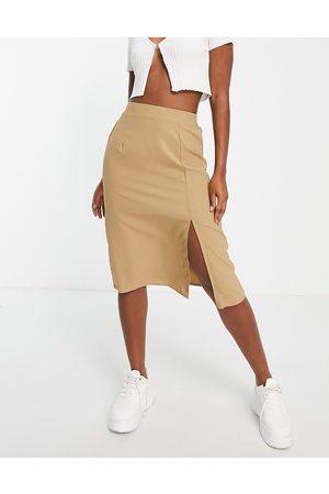 VILA Split side skirt in camel-Brown