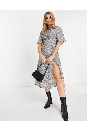 Ax Paris Split leg tea dress in animal-Multi