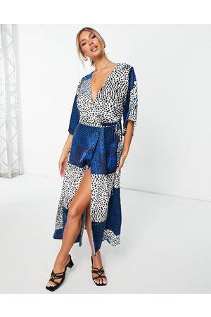 Liquorish Kimono sleeve midi wrap dress in blue print