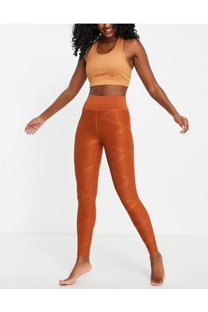 Only Play Textured performance leggings in (part of a set)-Brown
