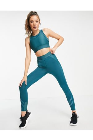 Only Play Cropped performance sports leggings in (part of a set)