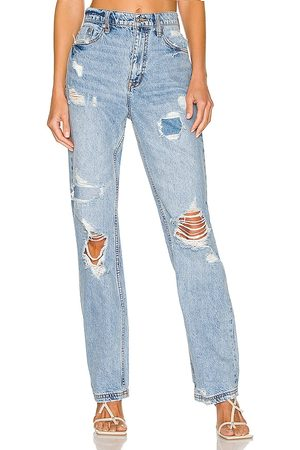 Free People Women Straight - CRVY Straight Shooter Jean in .