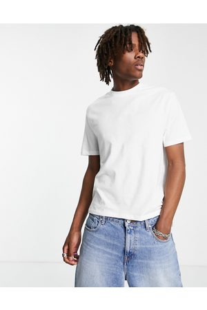 ASOS Muscle fit crop t-shirt in