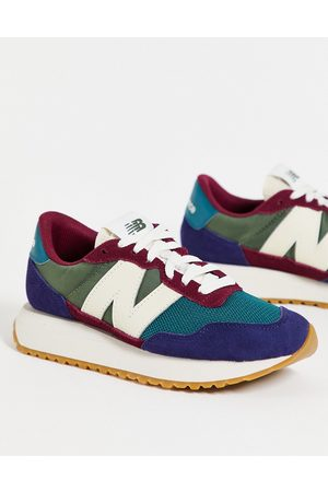 New Balance 237 sneakers in burgundy and teal colourblock-Green