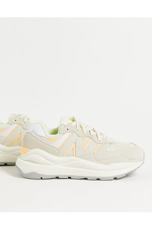 New Balance 57/40 suede sneakers in off white and -Neutral