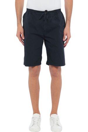 YAN SIMMON Shorts & Bermuda Shorts