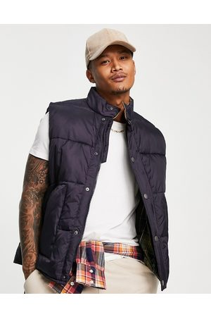 Barbour Beacon Large baffle quilted vest with corduroy collar in