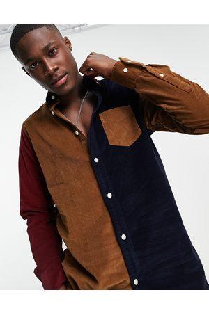 GANT Logo colour-block cord shirt button-down regular fit in roasted walnut/navy