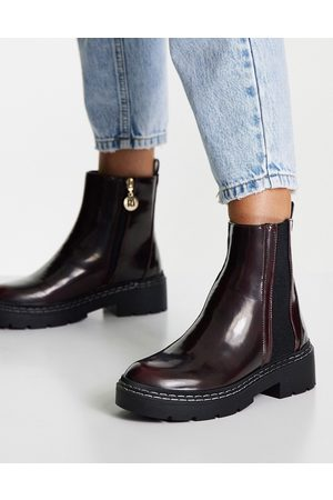 River Island Chunky panelled gusset flat boots in burgundy-Red