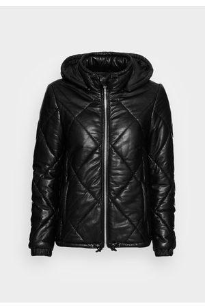 Oakwood Women Leather Jackets - Leather Temptation