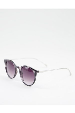 Jeepers Peepers Women Sunglasses - Women's round sunglasses in