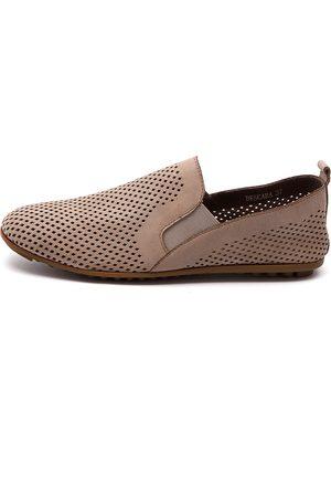 Bescara Latte Shoes Womens Shoes Comfort Flat Shoes