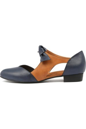 e44a9f9d672 I LOVE BILLY Estella Navy Tan Shoes Womens Shoes Casual Flat Shoes