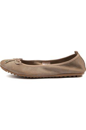 Django & Juliette Belin Taupe Shoes Womens Shoes Casual Flat Shoes
