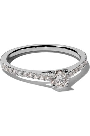 De Beers My First DB Classic pavé solitaire diamond ring