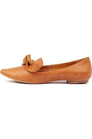 I LOVE BILLY Women Casual Shoes - Bowen Tan Shoes Womens Shoes Casual Flat Shoes
