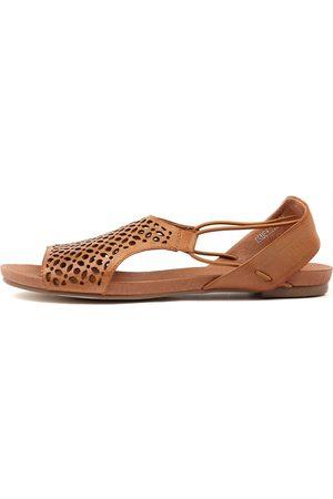 Django & Juliette Jadelike Tan Sandals Womens Shoes Casual Sandals Flat Sandals