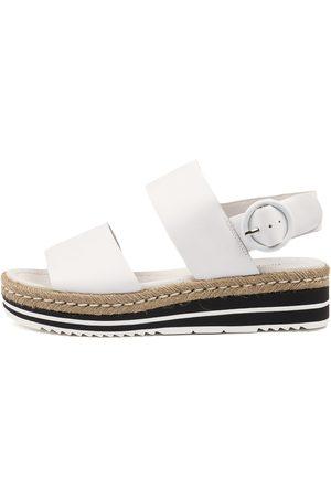Django & Juliette Atha Sandals Womens Shoes Casual Sandals Flat Sandals