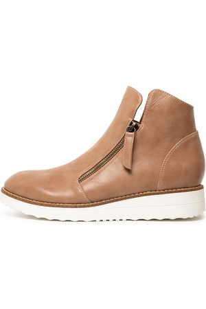 I LOVE BILLY Orie Blush Boots Womens Shoes Ankle Boots