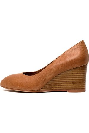 Top end Melvina Tan Shoes Womens Shoes Heeled Shoes