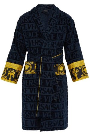 VERSACE Men Bathrobes - I Love Baroque Logo-jacquard Cotton Bathrobe - Mens - Navy