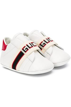 Gucci Baby Ace sneaker with Gucci stripe