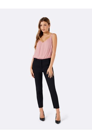 Forever New Women Skinny Pants - Mindy Petite 7/8 Slim Pants