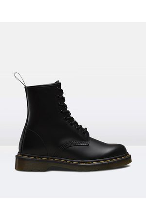 Dr. Martens 1460 Mono 8 Eye Boot Smooth