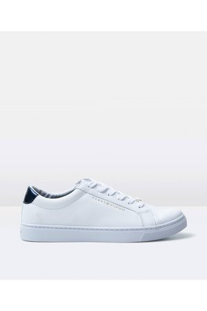 Tommy Hilfiger Women's Essential Leather Sneakers