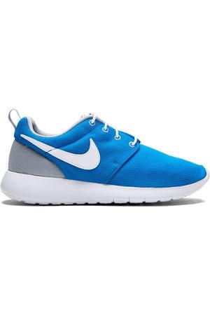 Nike Roshe One (GS) sneakers