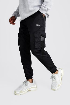 Boohoo Mens Original Man Shell Buckle Joggers